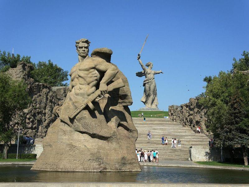 monument-630691_1920.jpg