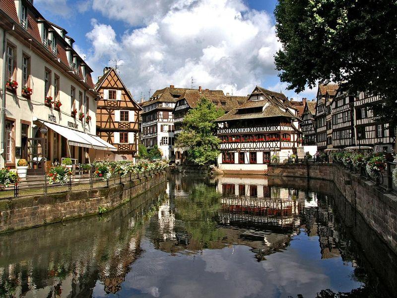 strasbourg-1354438_1920.jpg