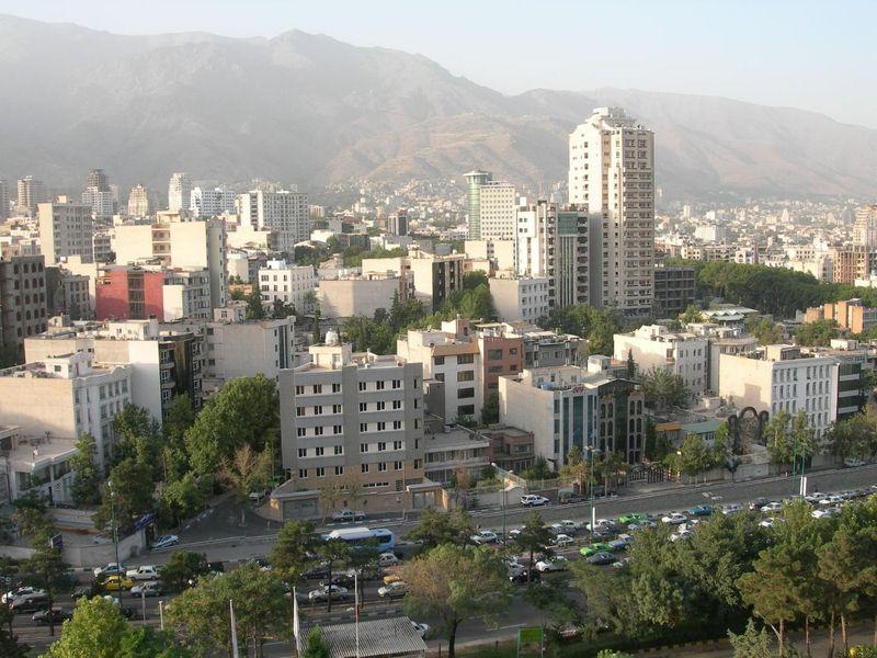 tehran-642743_1920.jpg