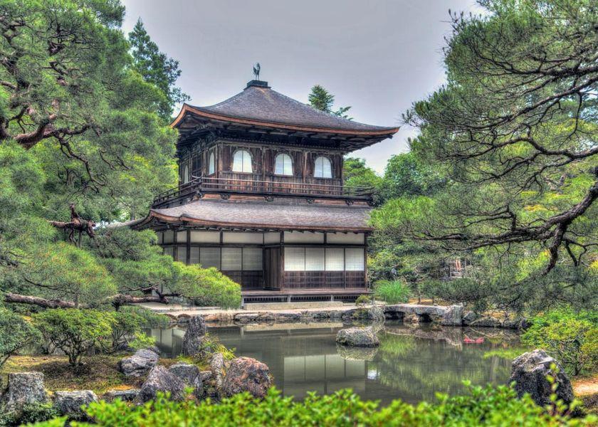 ginkaku-ji-temple-1464542_1280.jpg